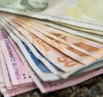 Lira turecka mocno w górę! Dolar kanadyjski odrabia straty. Mieszane nastroje na kursie franka. Podsumowanie tygodnia