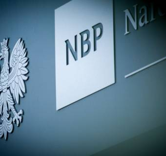 NBP wytoczył ciężkie działa przeciwko koronawirusowi - najniższe stopy w historii i zabawki dużych banków centralnych już w grze