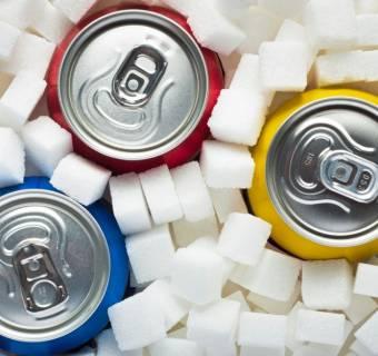 Podatek cukrowy - rząd o nim nie zapomniał i chce go wprowadzić po cichu i z naruszeniem konstytucji