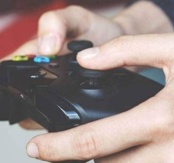 Sprzedawaj CD Projekt, kupuj PlayWay, 11bit studios i Ten Square Games - nowe rekomendacje dla spółek gamingowych