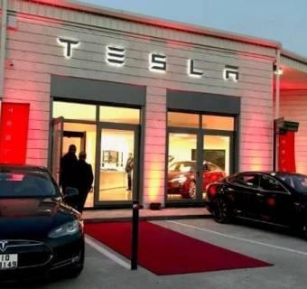 Tesla pokazuje wyniki za trzeci kwartał - akcjonariusze mają powody do radości